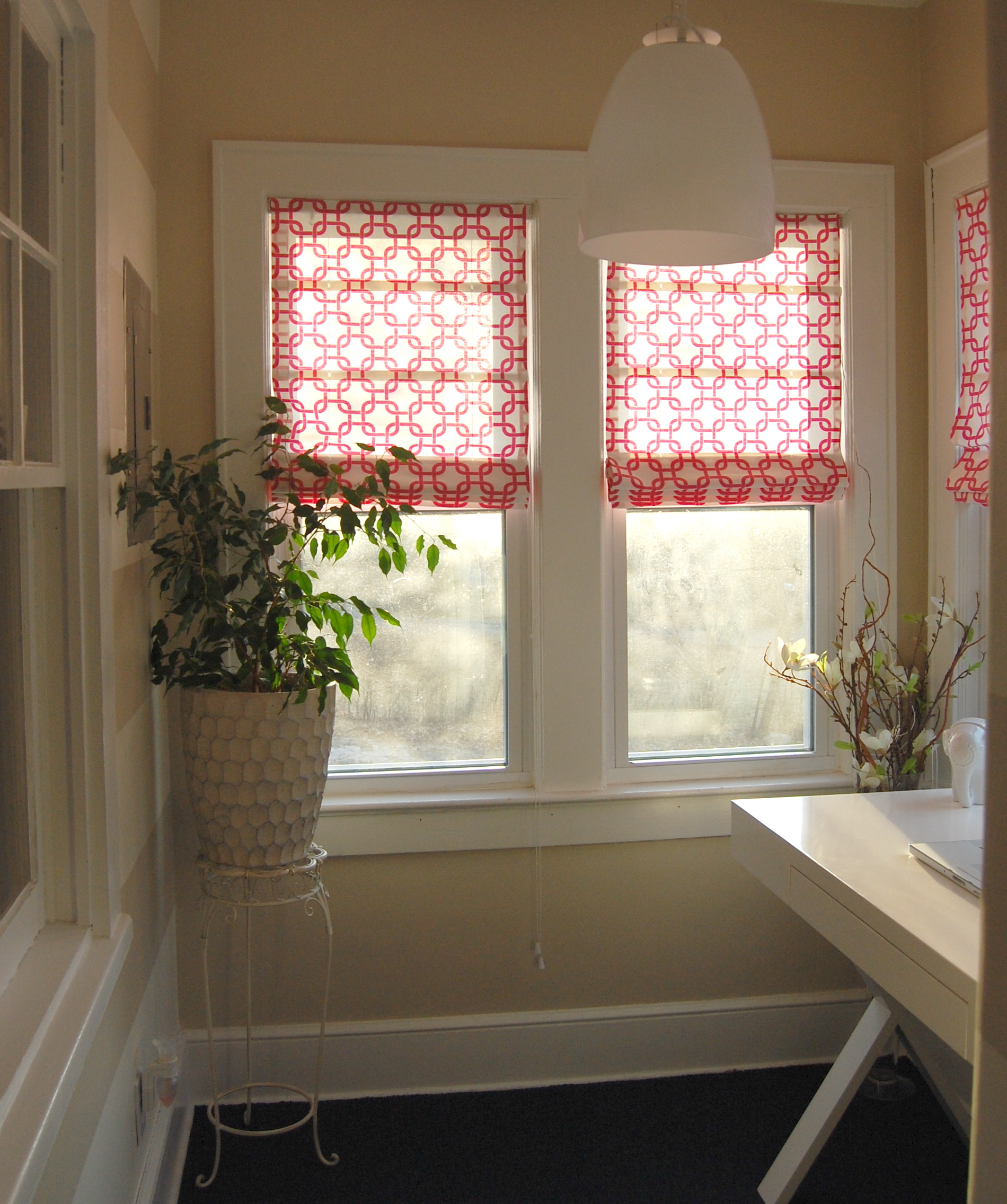 {Flashback Friday} DIY No Sew Roman Shades