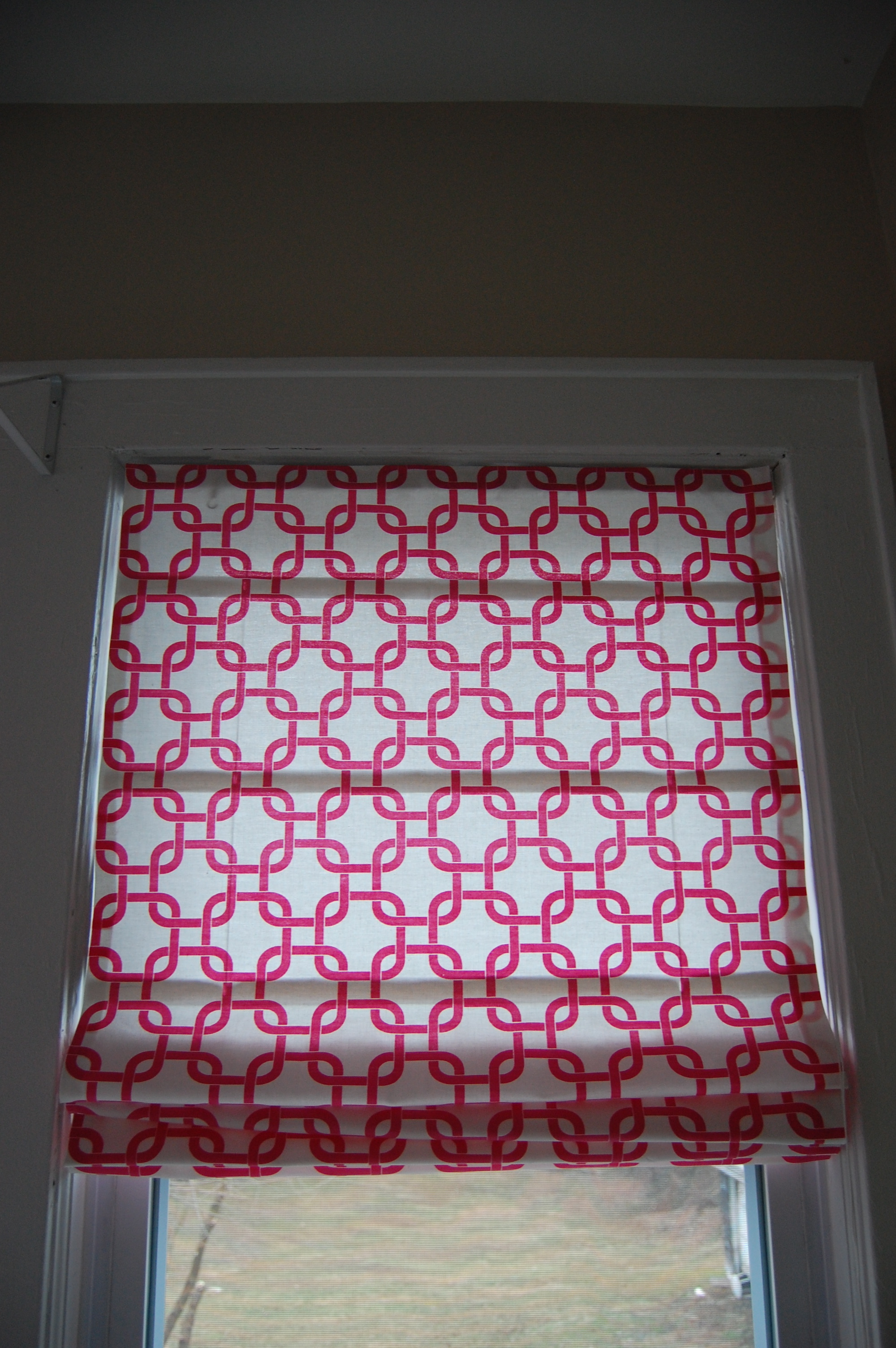 {Flashback Friday} DIY No Sew Roman Shades - Made2Style
