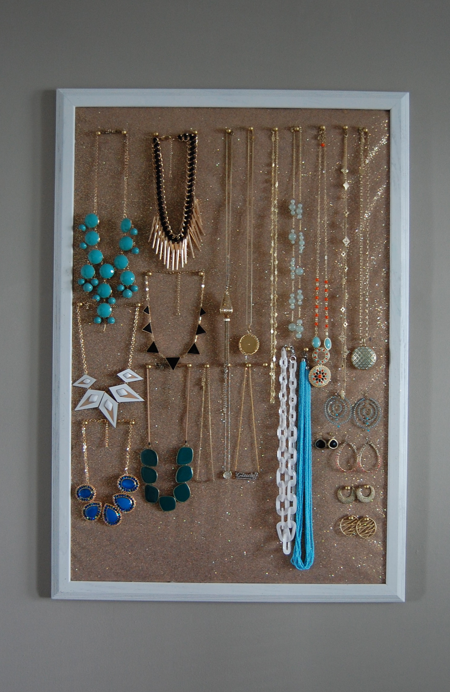 Diy Jewelry Holder Made2style