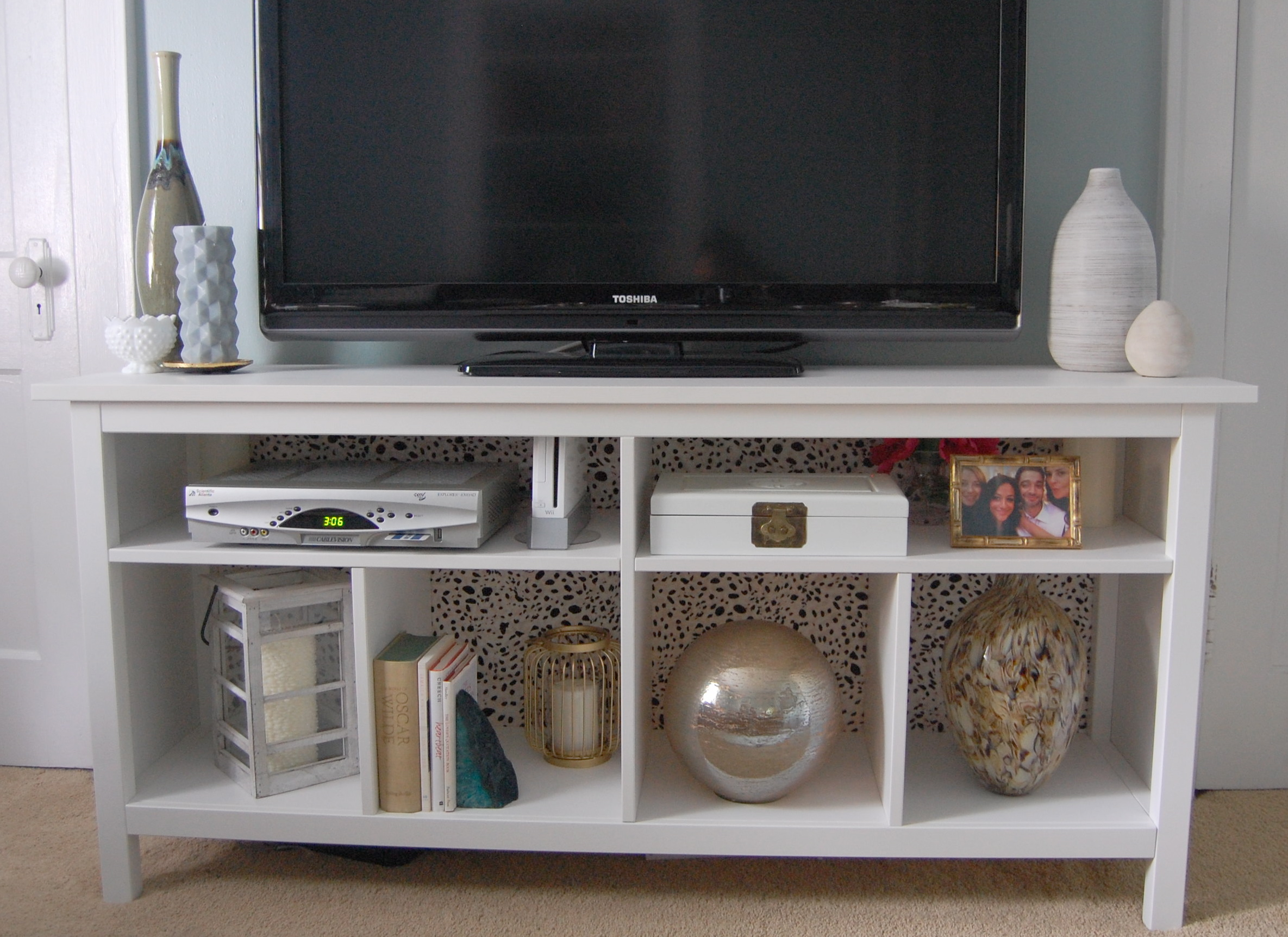 Ikea hemnes hack made2style - Ikea table tv ...