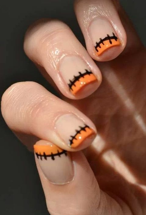 Halloween Nails: {Mani Monday} Halloween Nails