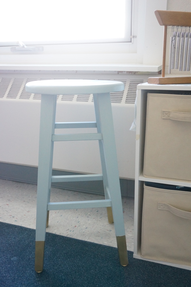 Stool Makeover - Gold Dipped Legs I Made2Style