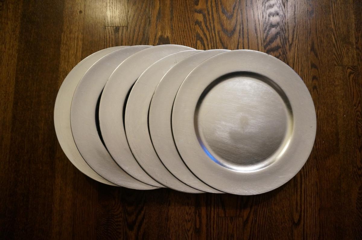 Buffalo Plaid Charger + Tablescape